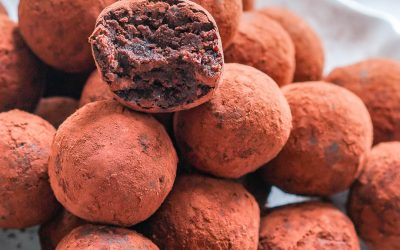 Chocolate and Biscuit Balls